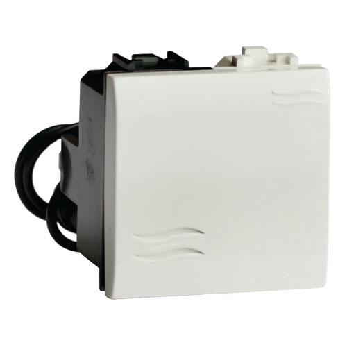 BRAVA Выключатель одноклавишный двухмодульный с подсветкой белый (76002BL)